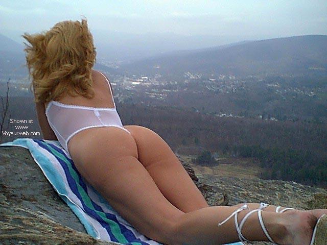 Pic #5 - sexy thong lady