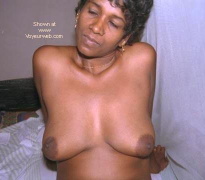 Pic #1 - Sri Lanka Babe 4