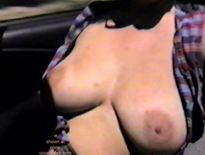 Pic #1 - ShowOff      Topless