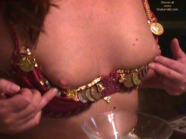 Pic #8 - Belly Dancing (BLUR)
