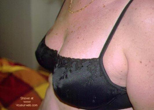 Pic #6 - Portuguese wife