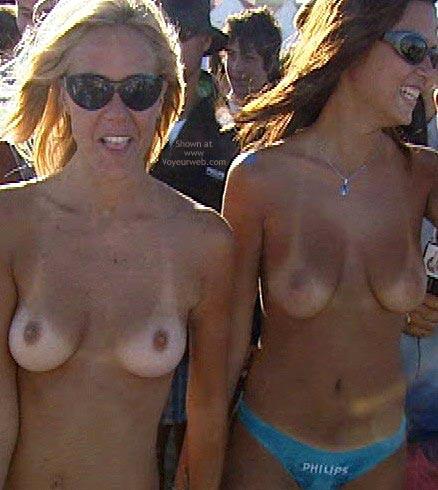 Pic #3 - Uruguay Topless