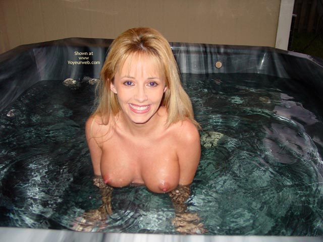 Pic #7 - Summergirl- Hot Tub Party