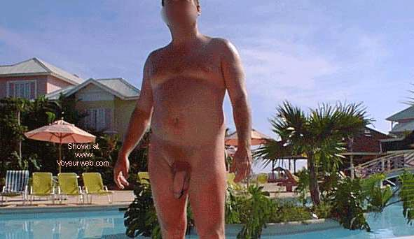 Pic #4 - Naked Vacation Couple