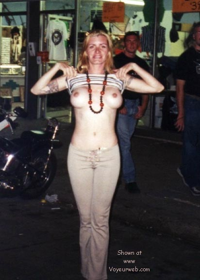 Pic #6 - Sturgis 2000