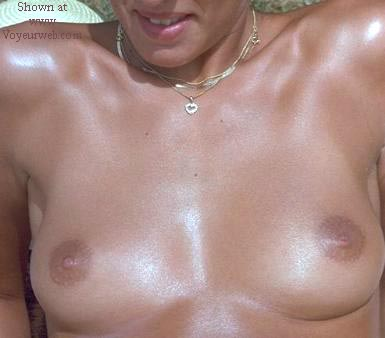 Pic #1 - 22yo nude and sexy DE