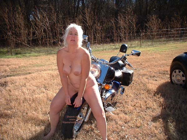 Pic #5 - Biker Babe Tammy