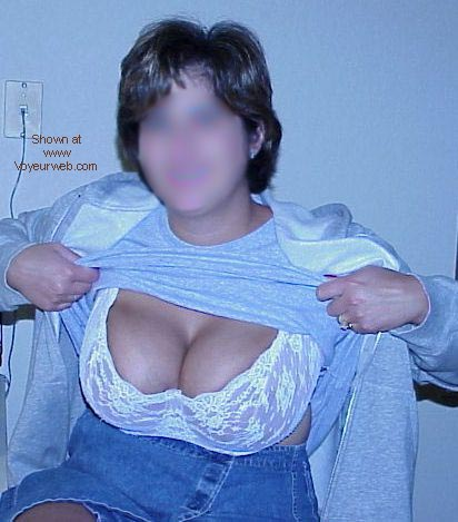 Pic #1 - Big Tittie and Hairy Bush Alert 3
