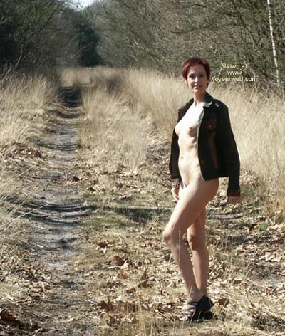 Pic #8 - Pea Walking In The Woods