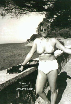 Pic #2 - Wilma F on vacation (NIP)