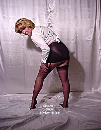 Pic #5 - Jeannie In Nylons 2