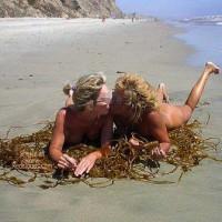 *GG Dee n Dee Playin in The Sand n Sun