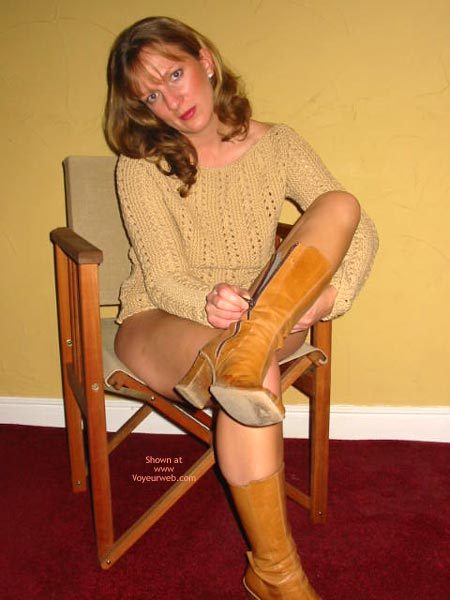 Pic #5 - Saucyminx In The Chair