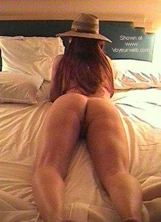 Pic #4 - Redhead in Bed