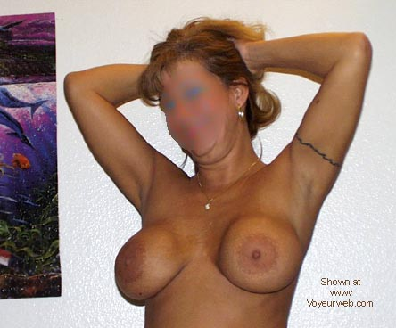 Pic #1 - 43 and loves to show off (BLUR)