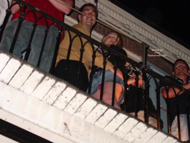 Pic #7 - Balcony Upskirts In New Orleans