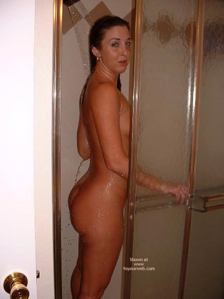 Pic #5 - Ivy In The Shower