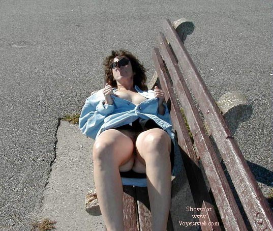Pic #2 - Northeast Wife Nude In the Park Pt2