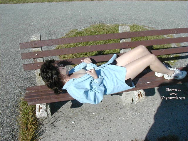 Pic #3 - Northeast Wife Nude In the Park Pt2