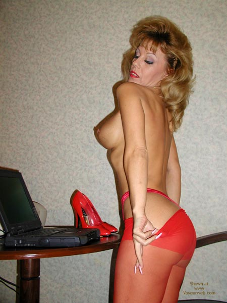 Pic #1 - Sammie Red Hot