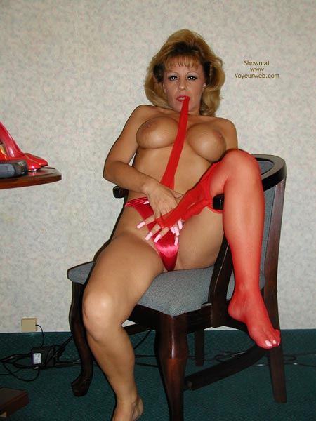 Pic #5 - Sammie Red Hot