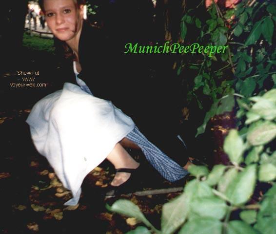 Pic #2 - DE - MunichPeePeeper 1