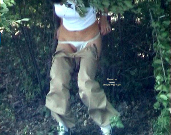 Pic #6 - Shaved Pussy Make Pee In Forest