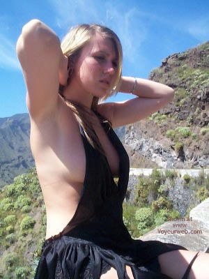 Pic #4 - Hitch-Hiking In A Very Revealing Outfit