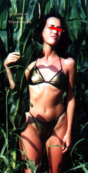 Pic #6 - Manuela-Fields of Gold2