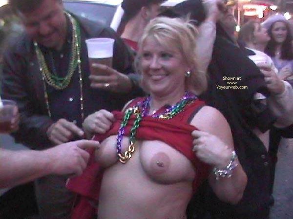 Pic #1 - Mardi Gras Flashing