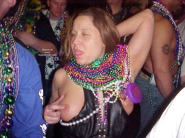 Pic #9 - Mardi Gras Flashing
