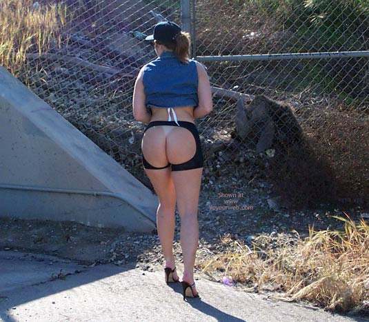 Pic #9 - Cindy'S Bare Ass Banned From Local Marathon!