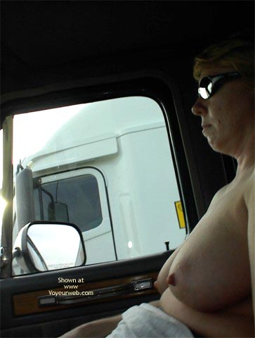 Pic #9 - Rhonda Flashing Truckers