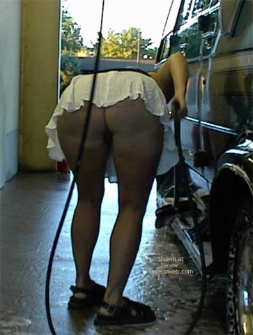 Pic #3 - Rhonda At The Car Wash