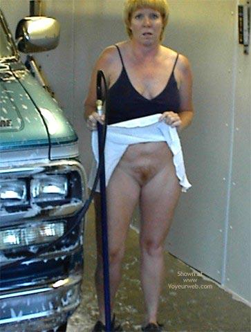 Pic #6 - Rhonda At The Car Wash