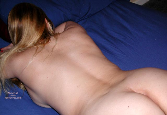 Pic #1 - Francesca Hits The Sheets