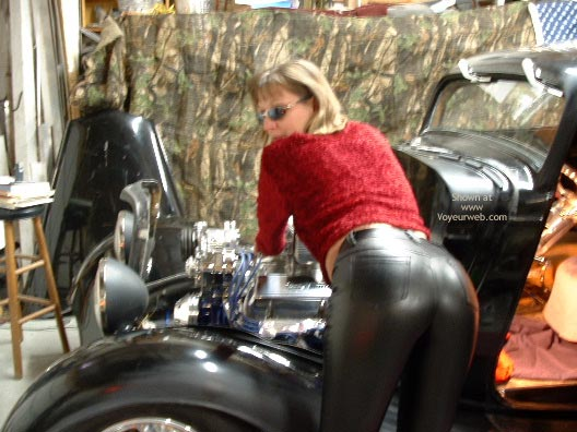 Pic #1 - Hot Bod For A Hot Rod