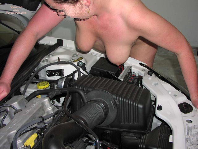 Pic #8 - Liz Under The Bonnet