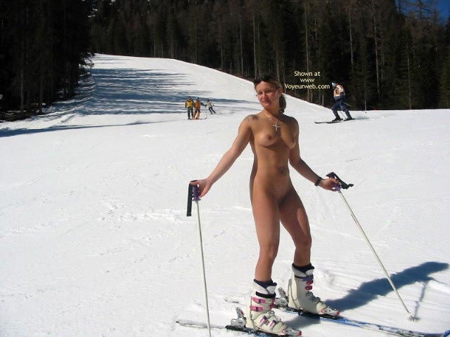Pic #6 - Elise Skies Among Other Skiers