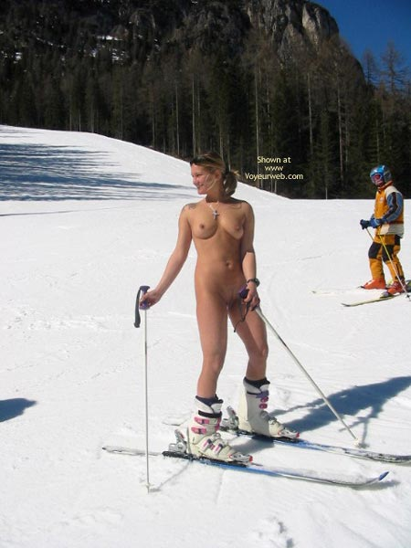 Pic #7 - Elise Skies Among Other Skiers