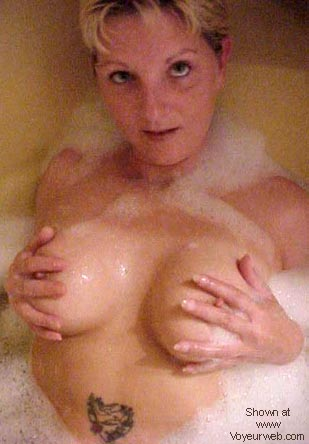 Pic #1 - Canadian Maid in tub #4