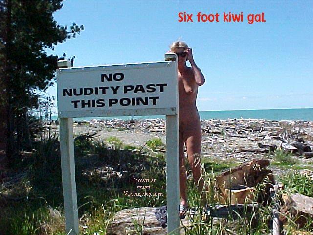 Pic #2 - sixfootkiwigaL (12) No nudity?