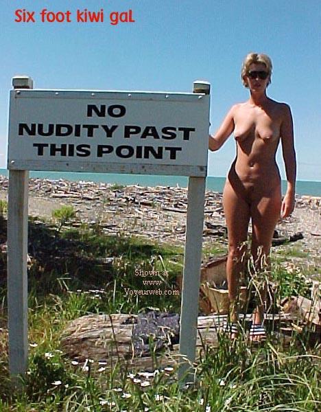 Pic #3 - sixfootkiwigaL (12) No nudity?