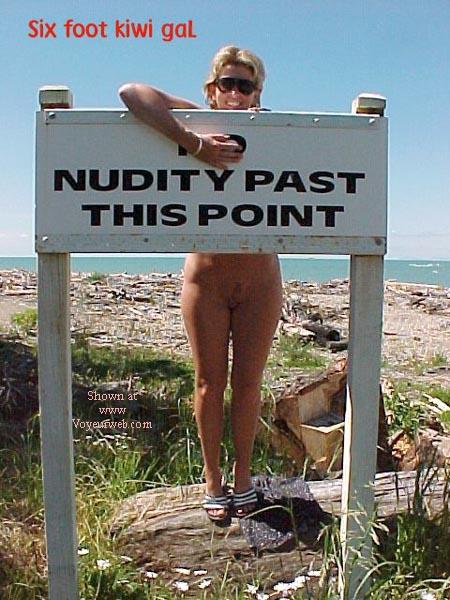 Pic #8 - sixfootkiwigaL (12) No nudity?