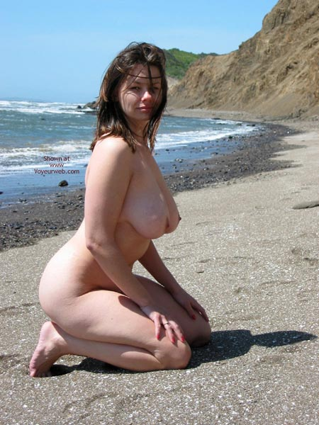 Pic #5 - Pleasurekitten On The Beach