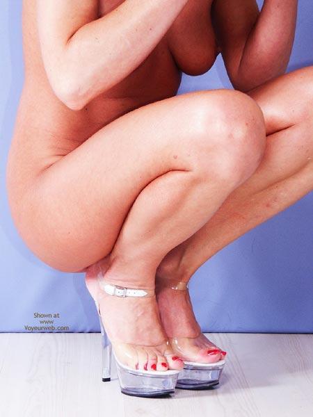 Pic #9 - Susy Rocks My New Plateau Heels