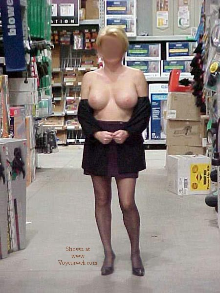 Pic #4 - Hot Night Out Shopping