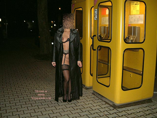 Pic #4 - Frau in Nylons Teil2