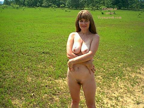 Pic #4 - Southern Wife Outside