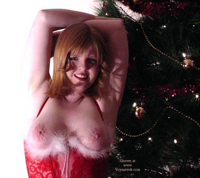 Pic #4 - Amron is Santa's li'l Helper!